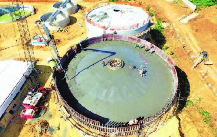 El Gobierno construye una gran planta de tratamiento para cubrir parte de la zona norte de la capital.
