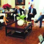 El presidente Danilo Medina escuchó a funcionarios del sector