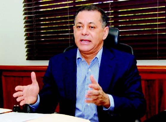 El superintendente de Valores, Gabriel Castro