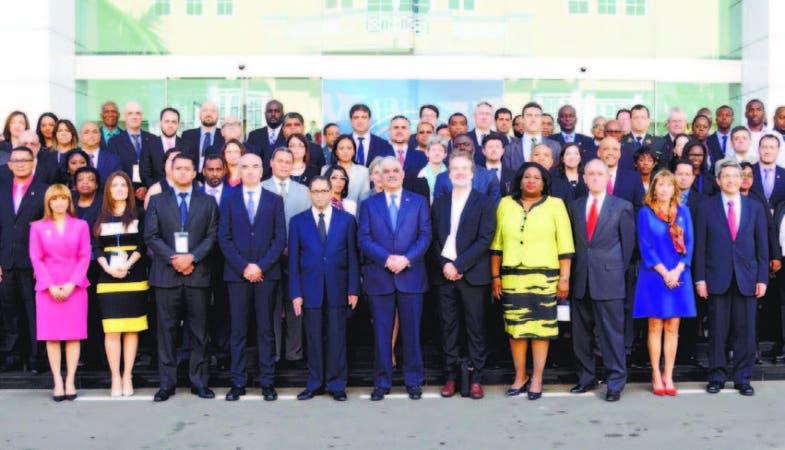 En el foro participan jueces, fiscales,procuradores, jefes de policías de varios países y expertoe del tema