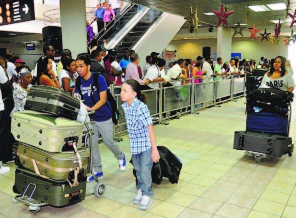 En la Navidad se incrementa el flujo de los pasajeros