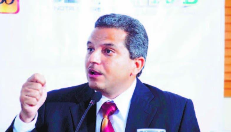 Fidel Santana, diputado y presidente del Frente Amplio
