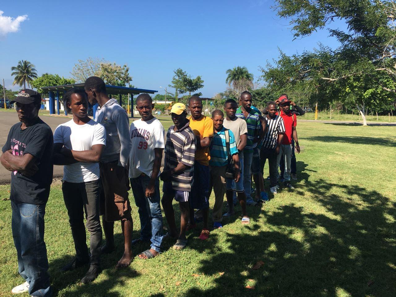Detienen más de 500 haitianos ilegales