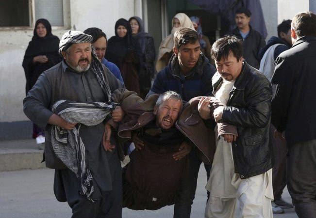 Masacre en Afganistán: al menos 40 muertos en un atentado