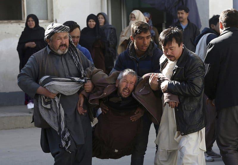 El devastador ataque a un centro cultural chií en Kabul deja al menos 41 muertos y 84 heridos