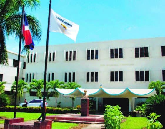 La LMD, única institución que colabora con cabildo de Pedro Santana.