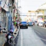 La calle De Sol no tiene en estos meses el brío comercial tradicional de las navidade s.