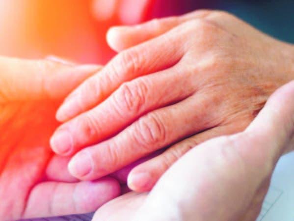 Los cuidadores deben reconocer que su familiar tiene una enfermedad degenerativa y que no tiene cura,
