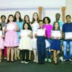 Los ganadores recibieron reconocimientos, becas y trofeos