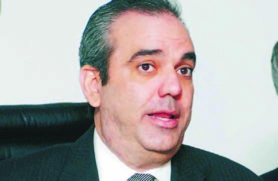 Luis Abinader pidió continuar luchando por una mejor sociedad.