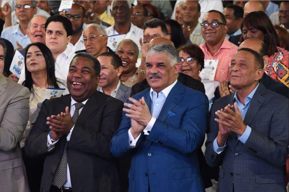 Ratifican a Miguel Vargas como presidente del PRD por cuatro años más
