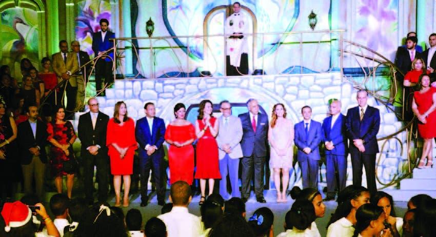 """Momento de la inauguración de """"El Corazón de la Navidad"""" en Santiago de los Caballeros"""