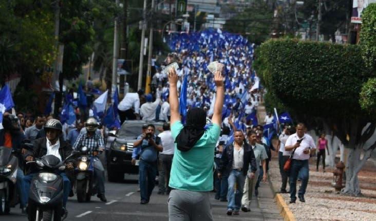 """""""Queremos a Juan Orlando Hernández porque con él no hay delincuencia"""", dijo Mélida Gómez/Foto: Fuente externa."""