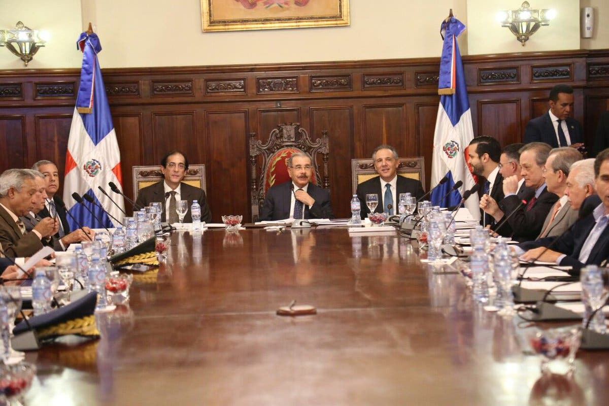 CNC se reúne en tercera sesión ordinaria con el presidente Medina