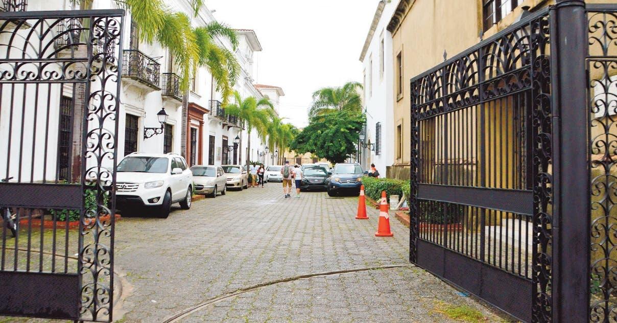 Calles y avenidas. Arturo Pellerano Alfau, creador del diarismo en RD