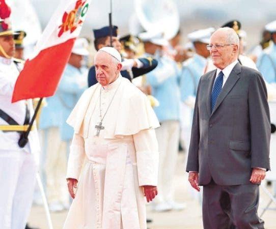Papa Francisco se reunió con nativos de Perú