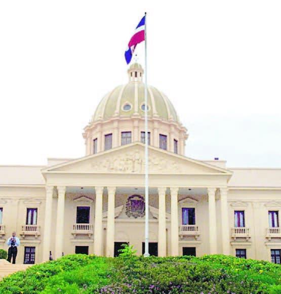 Gobierno tiene 5  casos de  corrupción en   MP; Cadet niega impunidad