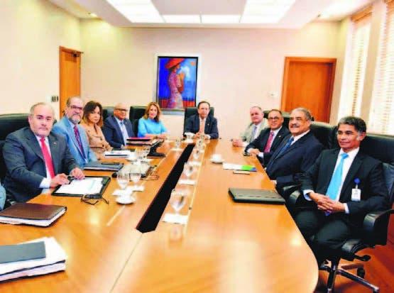 Conversaron sobre anteproyecto de ley de Junta Monetaria.