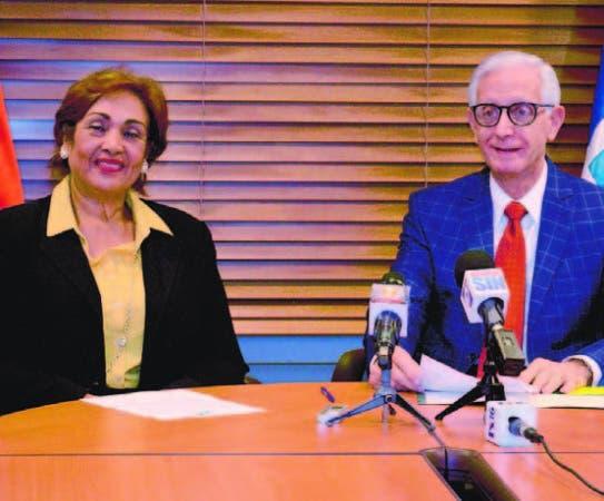 Directora de la Dida, Nélsida Marmolejos, y el titular TSS, Henry Sahdalá