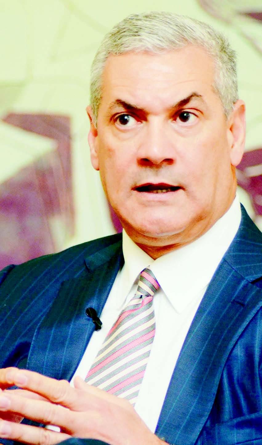 El ministro de Obras Públicas, Gonzalo Castillo.