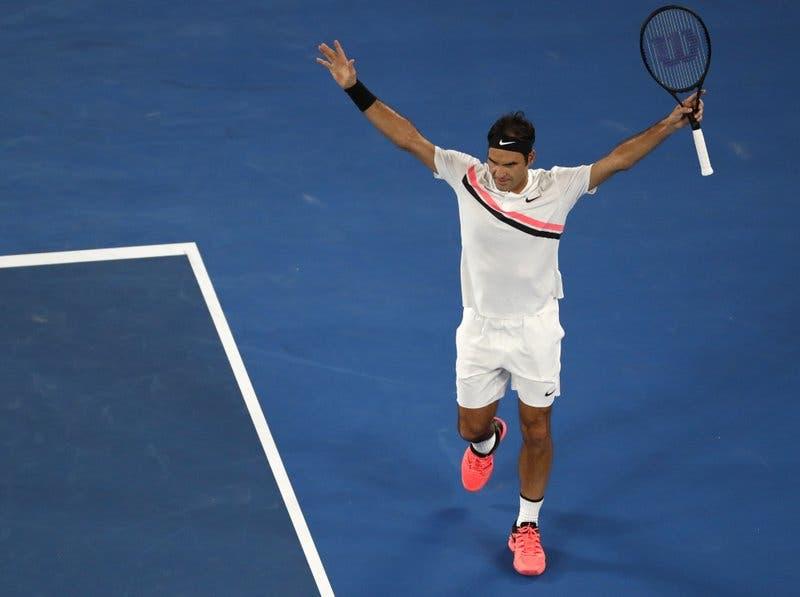 Federer y Djokovic avanzan, Del Potro eliminado en Australia