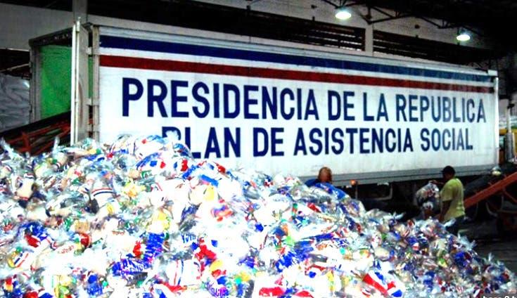 Imponen garantía RD$60,000 a funcionarios Plan Social «vendían»fundas a comerciantes