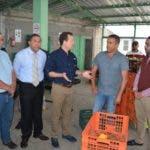Bisonó prometió respaldo a los productores.