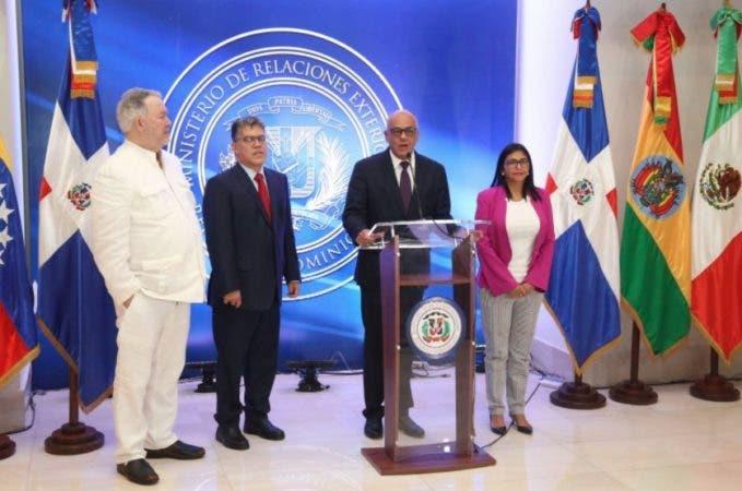 El diálogo se realiza en el Centro de Convenciones de la Cancillería dominicana/Foto: @MirexRD