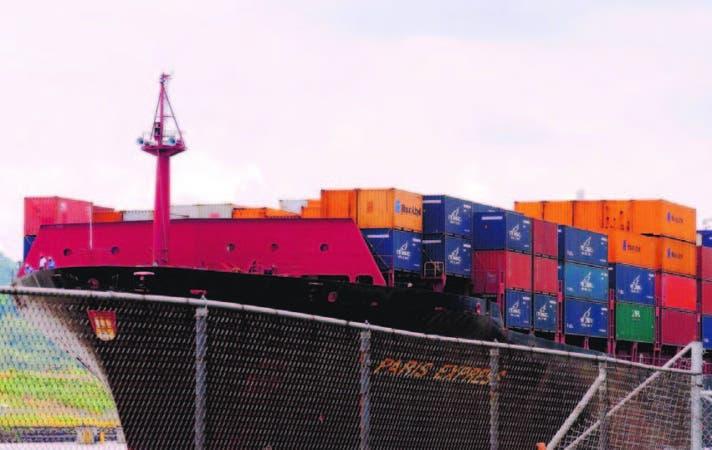 La capacidad de transporte de los buques portacontenedores aumentará 5,9 por ciento este año