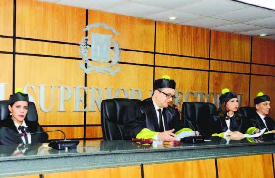 Los magistrados del TSE tomaron la decisión de manera unánime