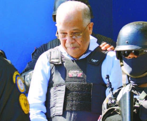 Manuel Rivas, custodiado por la unidad de traslado