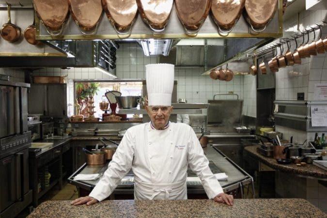Fallece Paul Bocuse, maestro mundial de la cocina que convirtió a los chefs, artistas anónimos, en celebridades