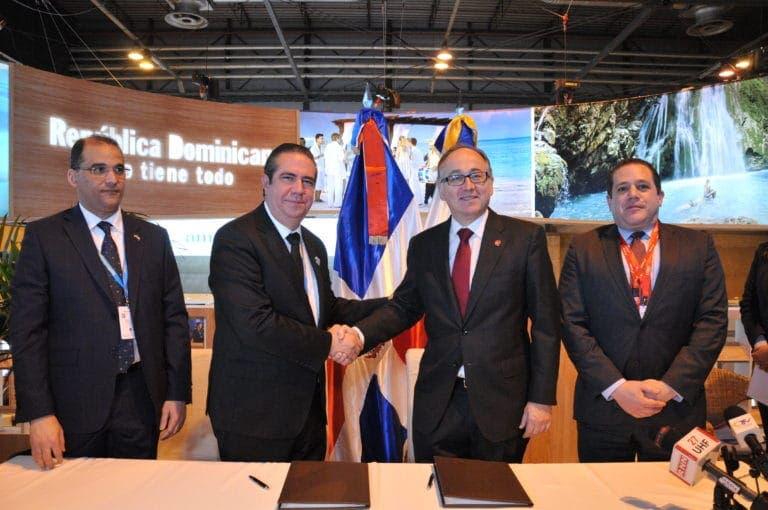Iberia y Mitur renuevan acuerdo de promoción internacional
