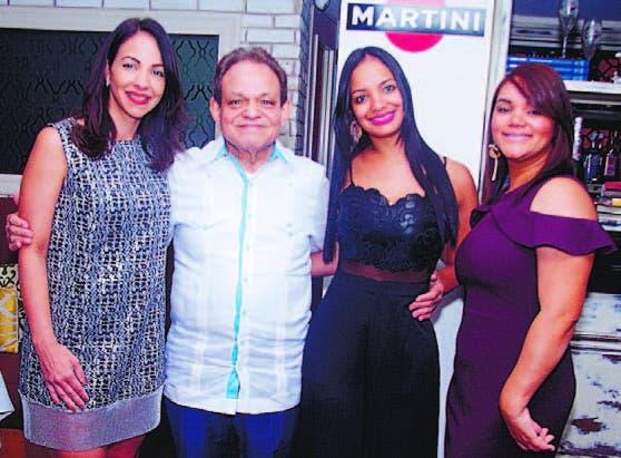 Wilma Oleaga de Estrada, Bienvenido Rafael Antonio, Rocío Antonio y
