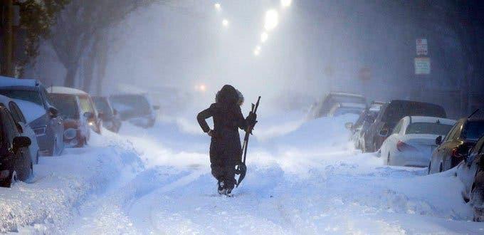 Nieve y frío cubren el sur de EEUU, hay al menos 5 muertos