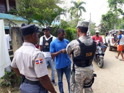 Migración detiene más de 900 extranjeros durante operativos en Samaná