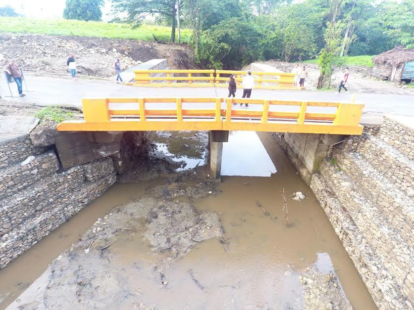 Obras Públicas reparará puente La Cana en carretera Imbert-Luperón