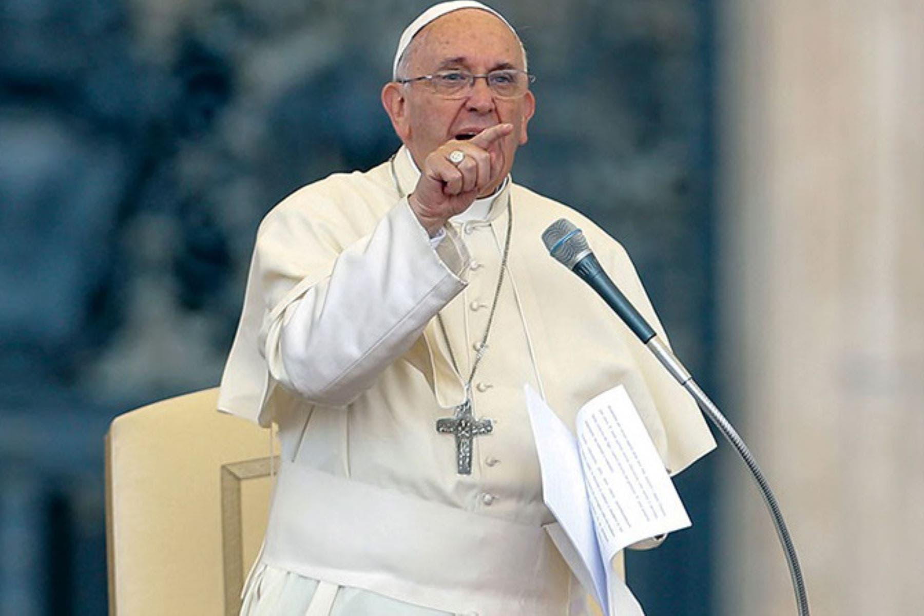 El papa critica que se desprecie a empleadas del hogar y pide un sueldo justo