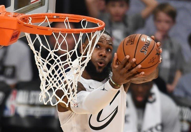 Los tabloncillos de la NBA vuelven a encenderse tras el duelo LeBron-Curry