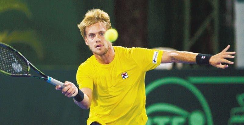 Dominicanos y brasileños dividen honores en la Copa Davis