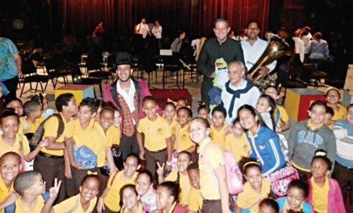 """""""Tubby la Tuba"""", temporada conciertos didácticos de la Sinfónica Nacional"""
