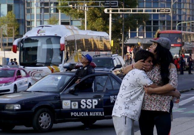 Fotos: El potente sismo que sacudió México parece causar pocos daños pero revive el temor de la población