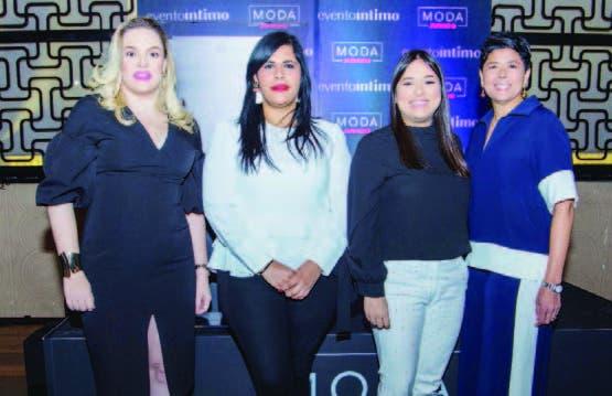 Cristina Cuadra, Madelyn Martínez, Nairobi Abreu y Cinthia Antonio