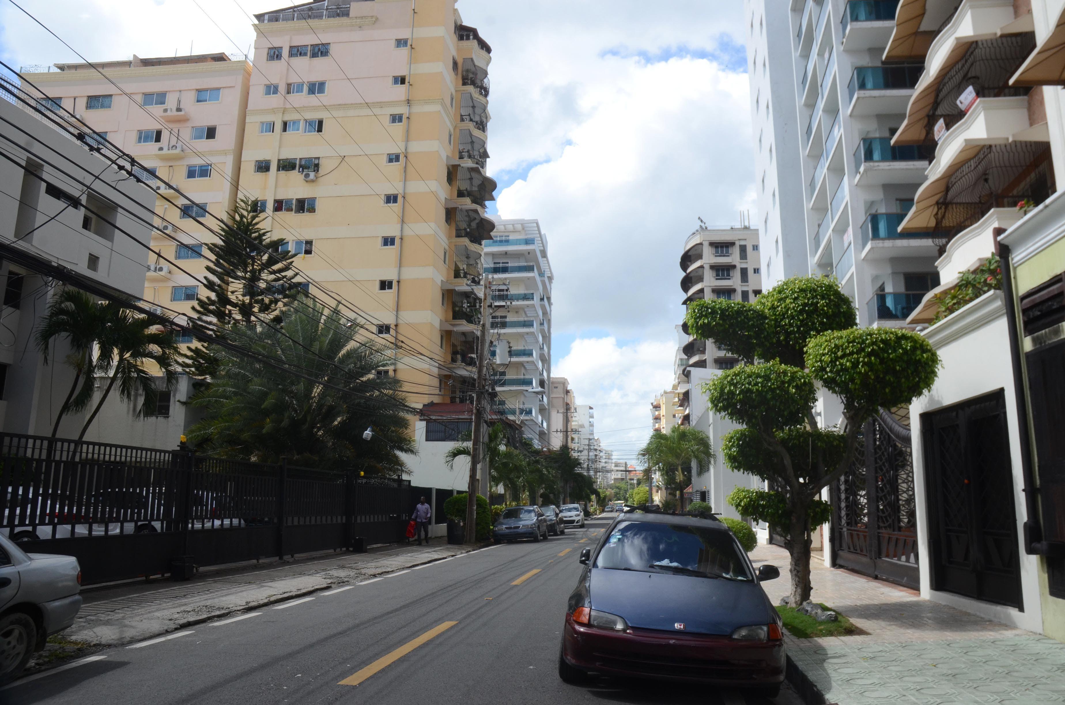 """Calle """"Eduardo Vicioso"""", en Bella Vista. Foto/ Pedro Sosa y Duany Núñez"""