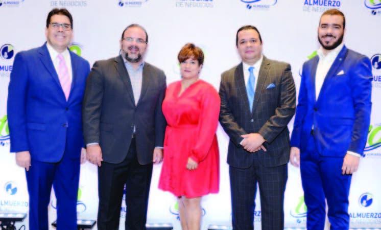 José Luis Ravelo, Claudio Hirujo, Erika Valenzuela, Rafael Fernández y Eriden Estrella