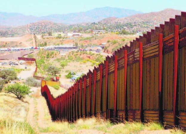 México comparte una frontera de 3.220 kilómetros con Estados Unidos