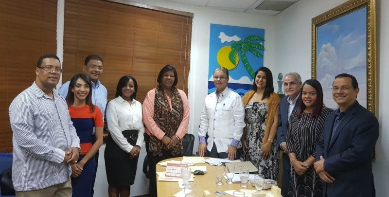 Mercedes Castillo presidirá Comité de Integración Social de Adompretur