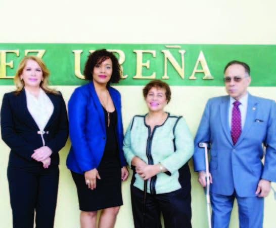 Miriam Molina, de Unicaribe; Adis Ozuna, de Dominican Acces;