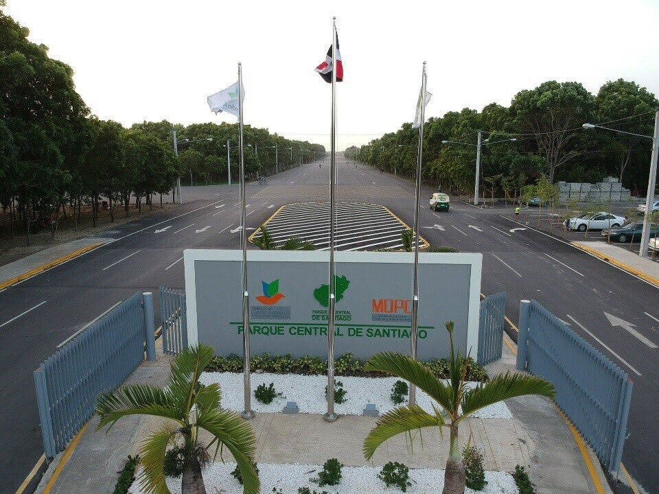 """Senador Valentín: """"Santiago cada vez más verde, integrado y avanzando"""""""