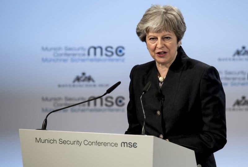 """Insta a la UE a no dejar que las """"rígidas restricciones institucionales"""" frenen alianza de seguridad tras el Brexit"""